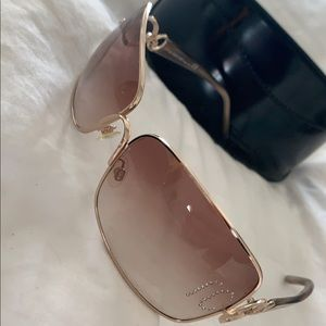 Beautiful like new designer sunglasses